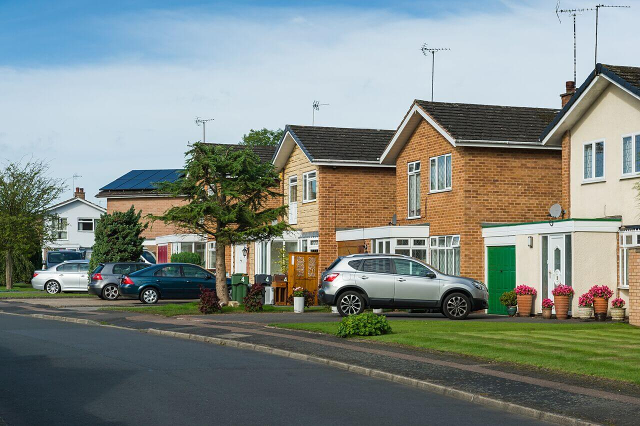 Your driveway could generate £325+ per year